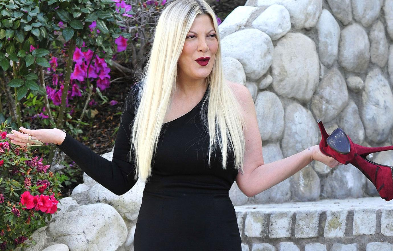 Tori Spelling Ordered To Pay Up On Credit Card Debt