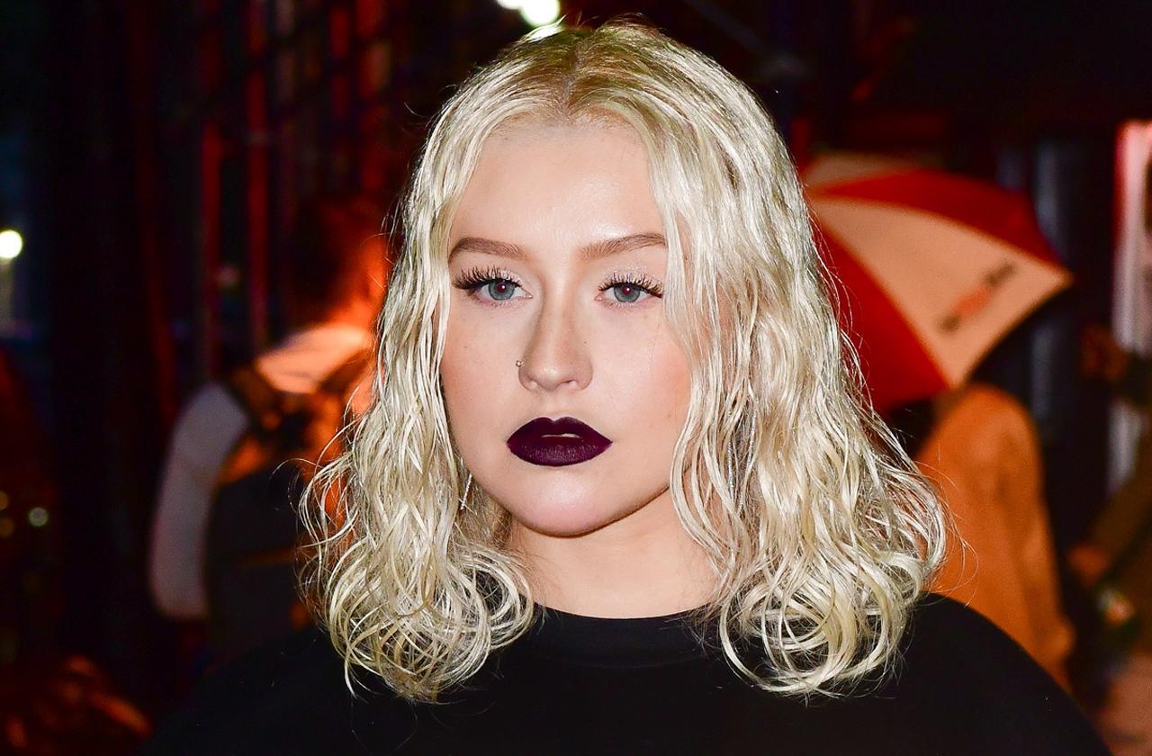 Christina Aguilera Tour & Photo Shoot Problems