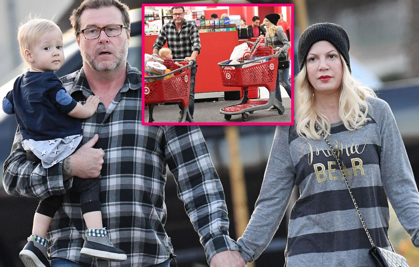 //tori spelling and dean mcdermott hold hands while christmas shopping pp