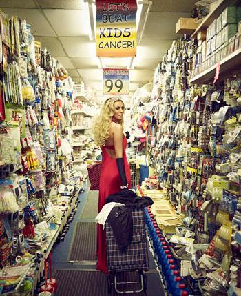 //petra ecclestone photos  cent store