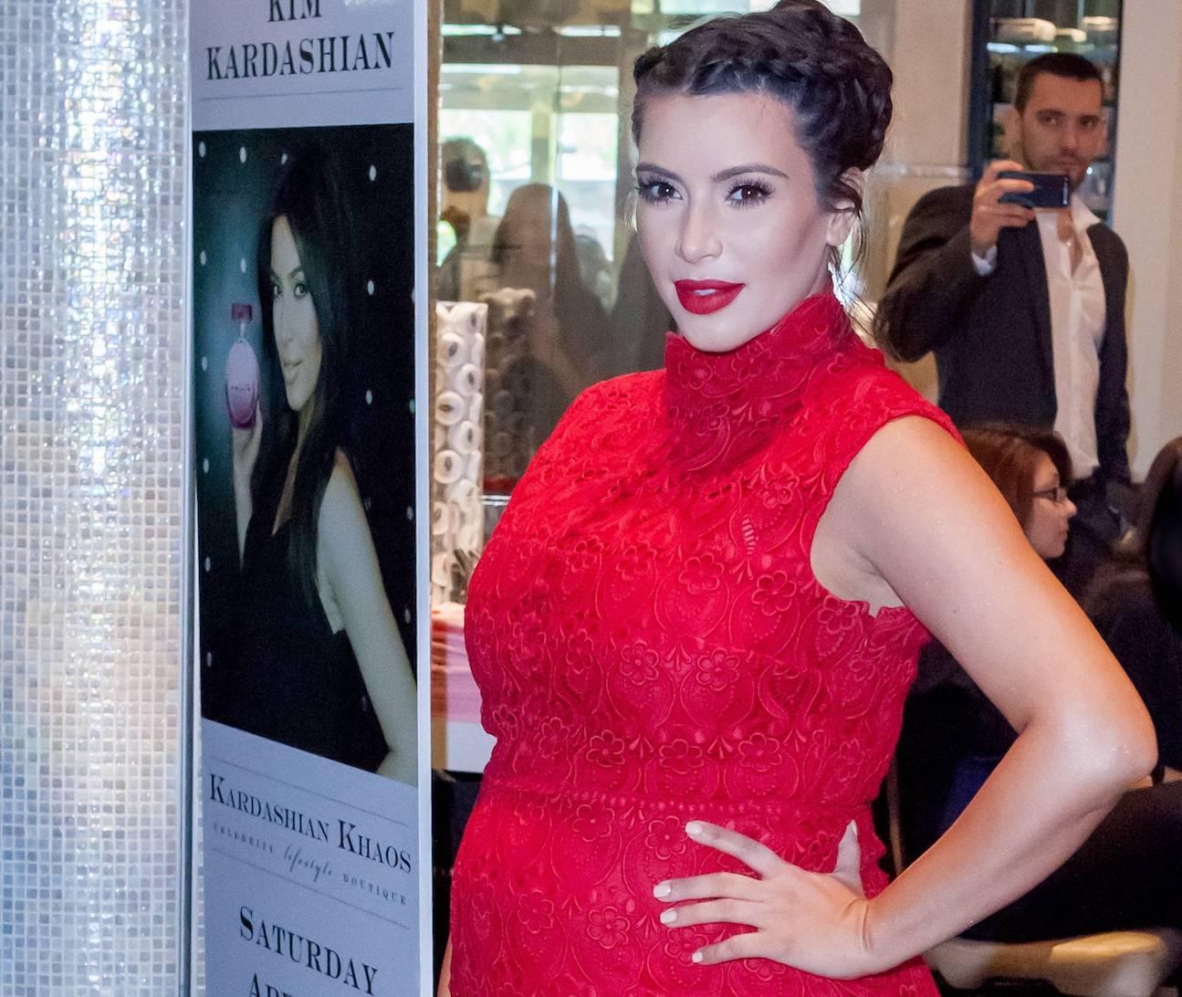 pregnant kim kardashian in red dress