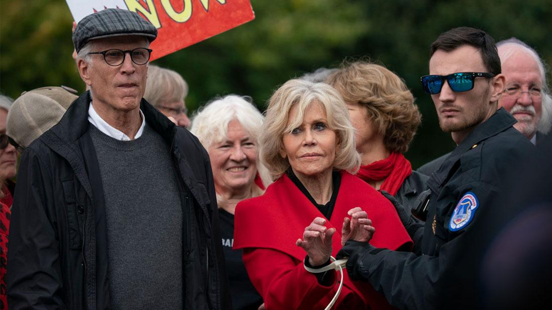 //Jane Fonda Ted Danson Arrested During Wild Protest In D C pp
