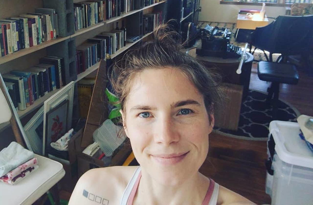 amanda knox partying traveling events overturned murder conviction update