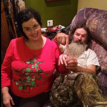 Duck Dynasty' Star Phil Robertson Diamond Ring For Wife