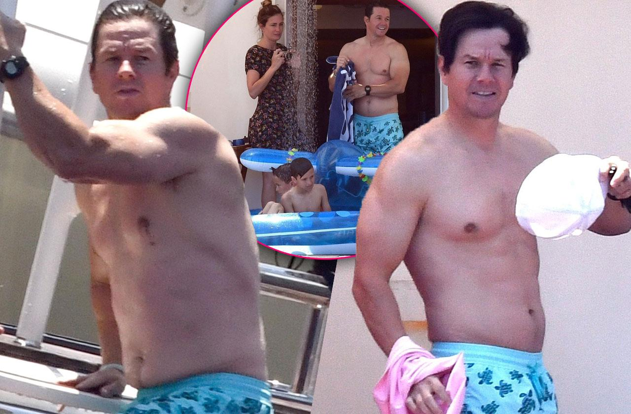 //Mark wahlberg shirtless family vacation pp