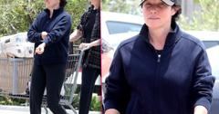 Shannen Doherty Fighting Cancer Grocery Shops With Mom