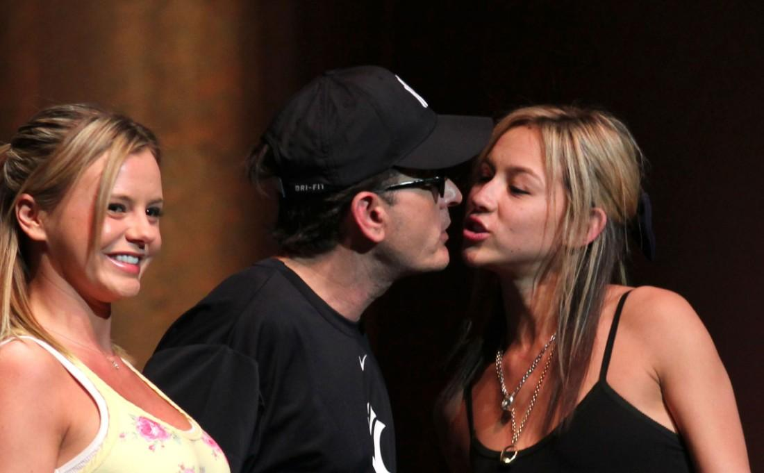 Charlie Sheen with Natalie Kenly and Rachel Oberlin