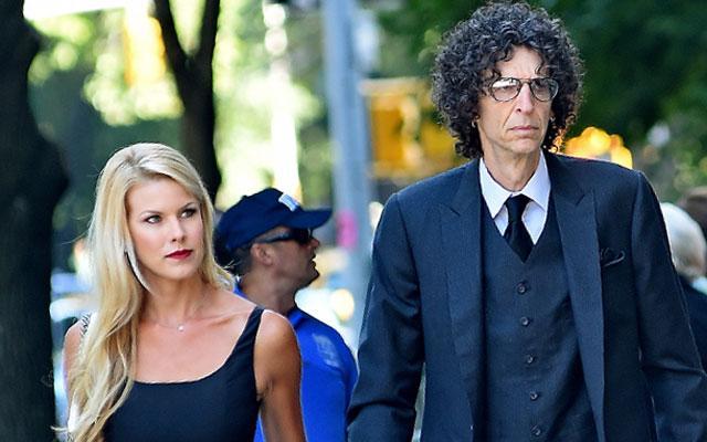 Howard Stern Beth Ostrosky Fighting Sirius Deal