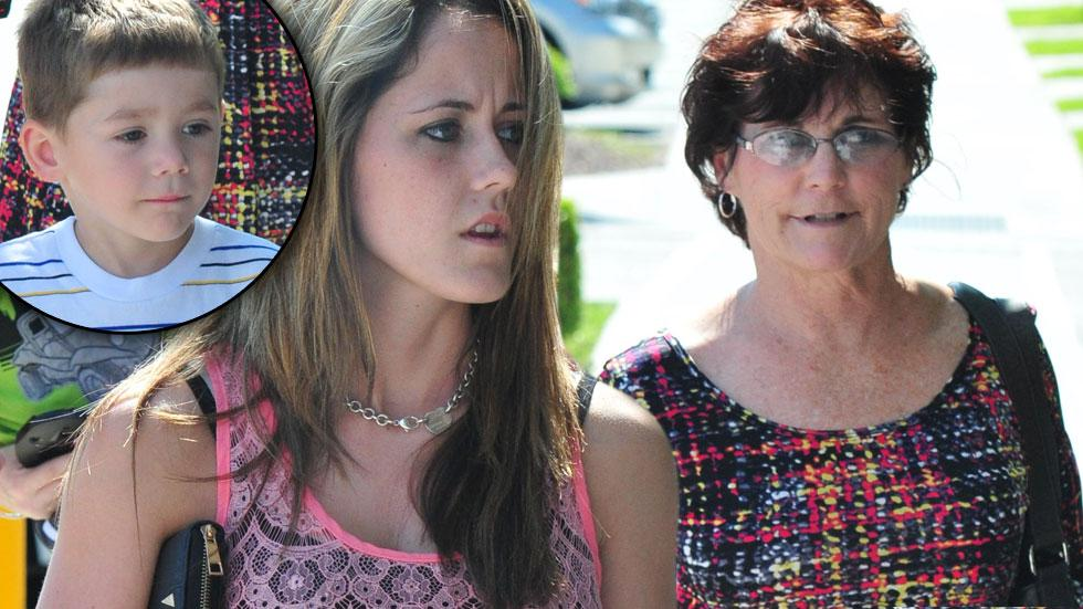 Jenelle and Barbara Evans Fight