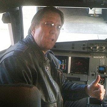 //clayton osbon jetblue pilot court
