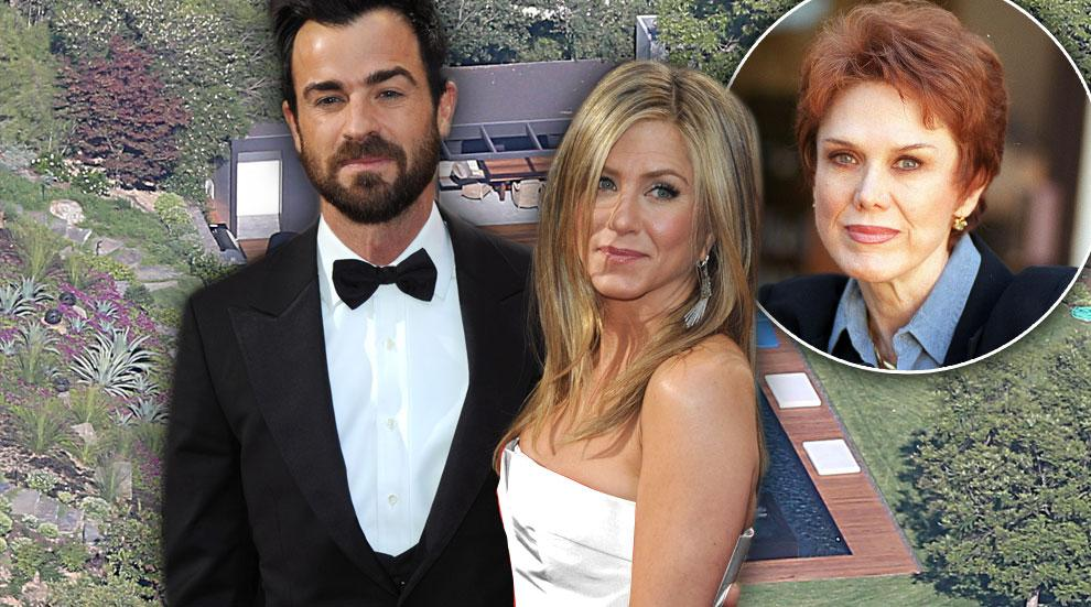 Jennifer Aniston Married Justin Theroux Mom Nancy Not Invited