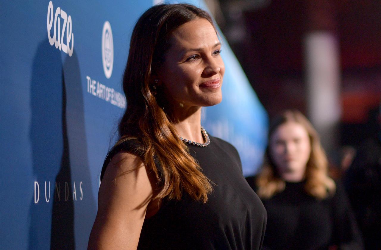 Jennifer Garner Gives Up Plastic Surgery Amid New Love Life