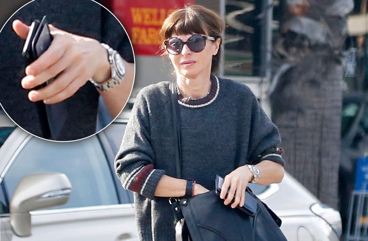 Ewan McGregor Wife Not Wearing Wedding Ring