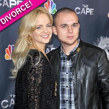 //mena suvari divorce