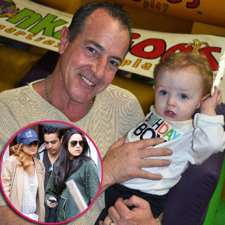 //michael lohan and baby pp