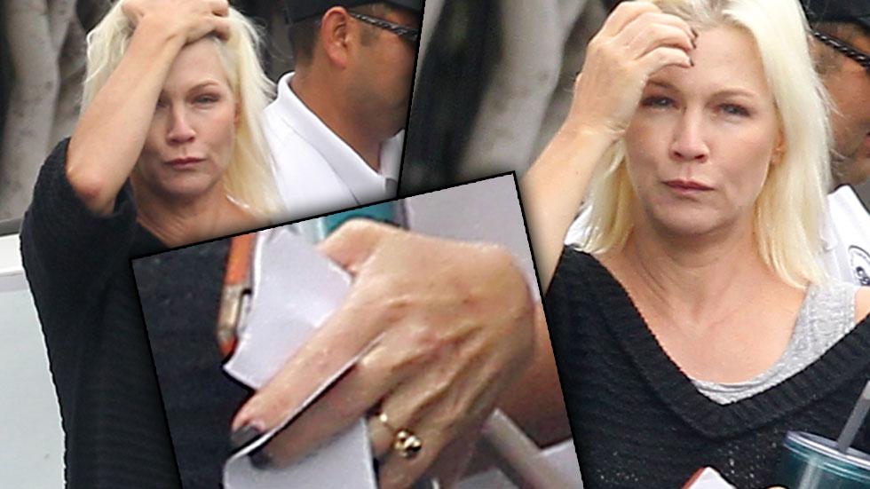 Jennie Garth Engagement Ring No Makeup Photos