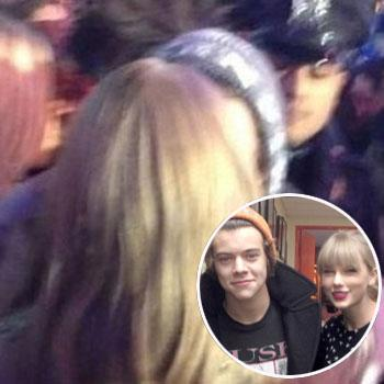 //taylor swift harry styles new years eve kiss