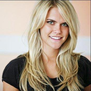 //lauren scruggs warned behind plane facebook