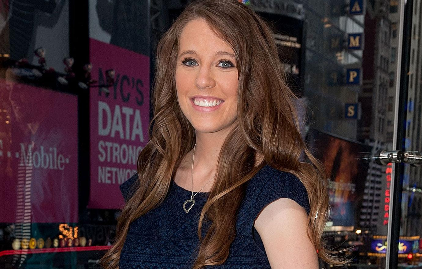 //jill duggar goes back to work as a midwife pp