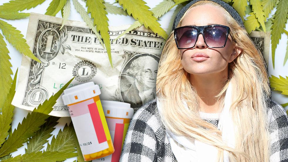 //amanda bynes one dollar