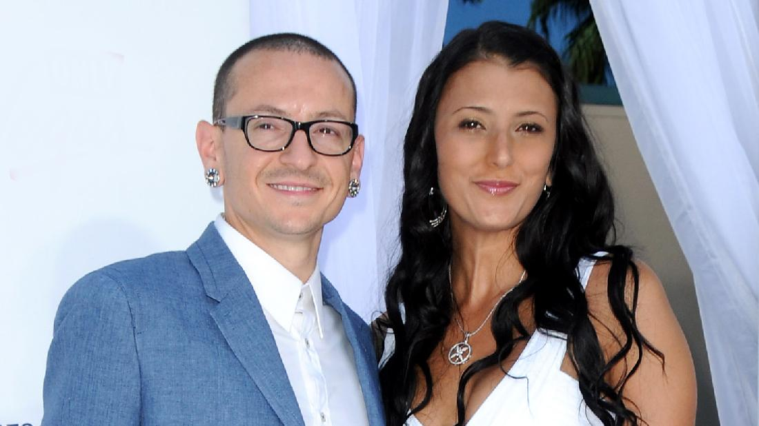 Chester Bennington Widow Remarries Same Date She Wed Singer