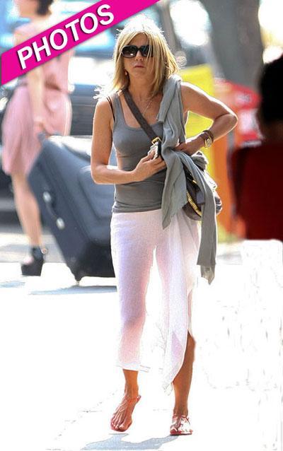 Jennifer Aniston In Panties Jpg