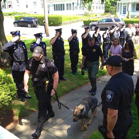 //kaiser police k dog square