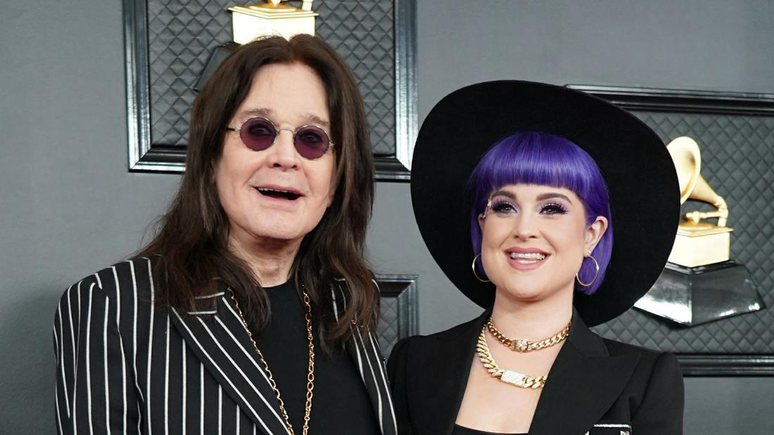 Kelly Osbourne Says Dad's Parkinson's Strengthened Their Relationship