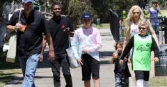 Gwen Stefani Blake Shelton Basketball With Her Sons