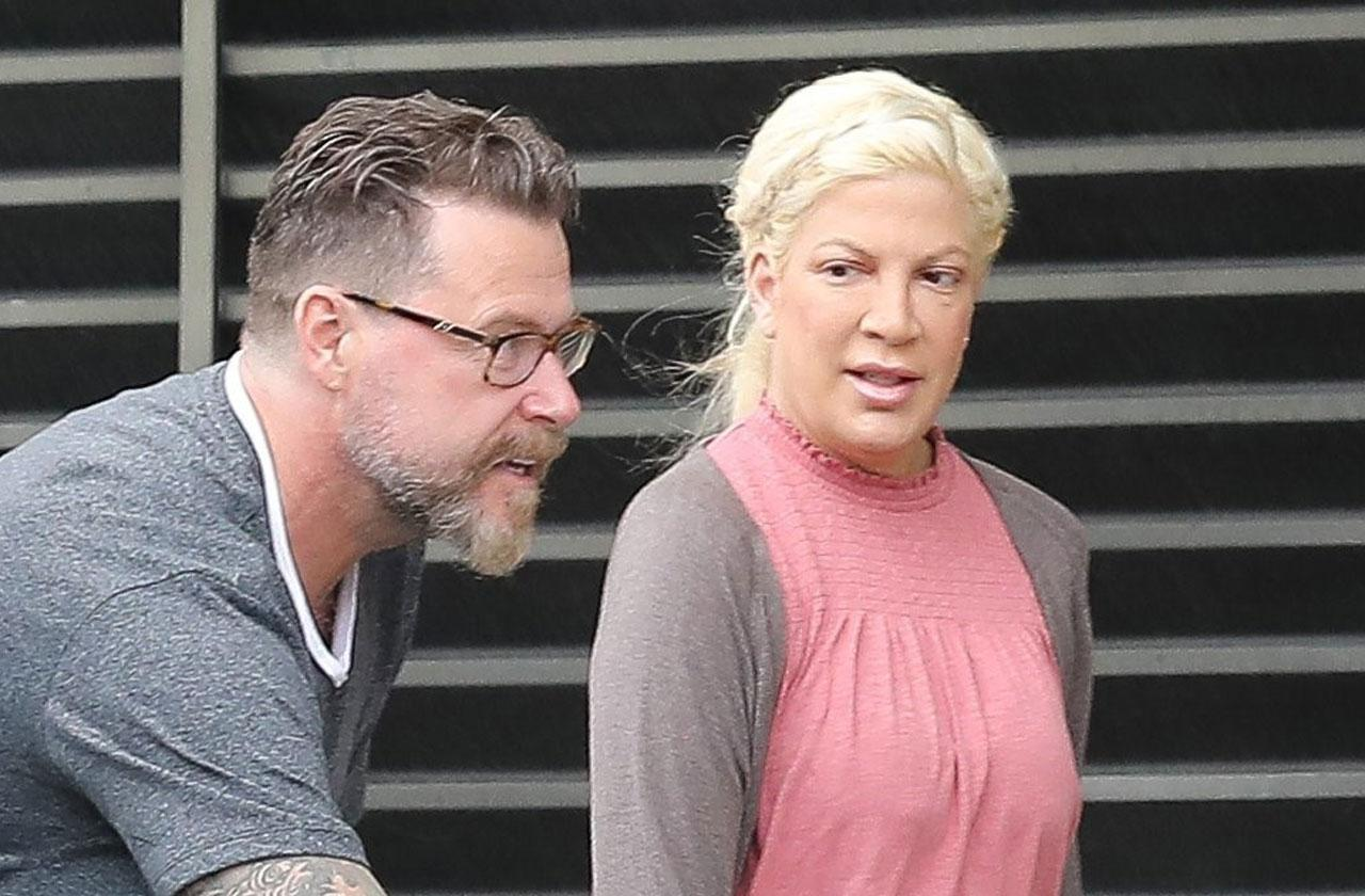 //tori spelling dogs attacked coyotes dean mcdermott pp