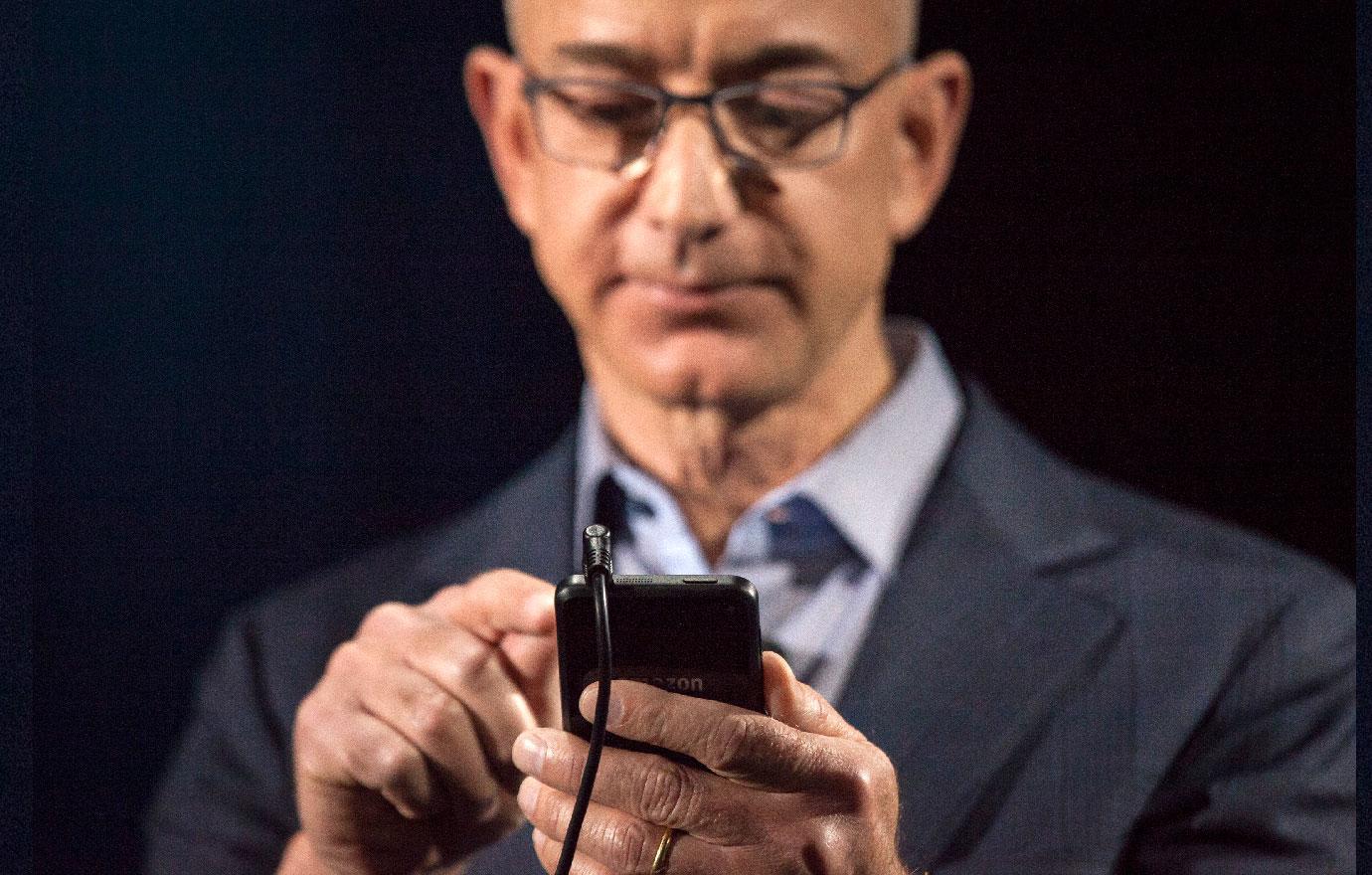 Jeff Bezos Shared Wife's Pillow Talk With Mistress Lauren Sanchez