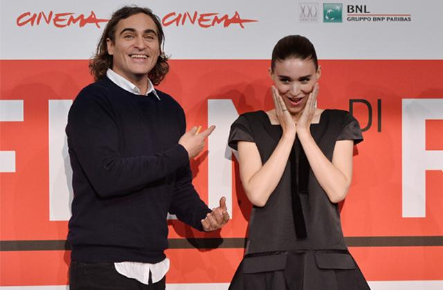 Joaquin Phoenix Rooney Mara Seen Out Together For First Time