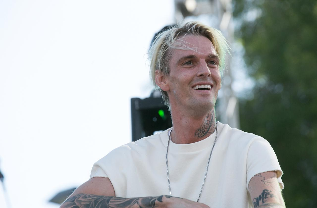 //aaron carter shows off  pounds weight gain pp
