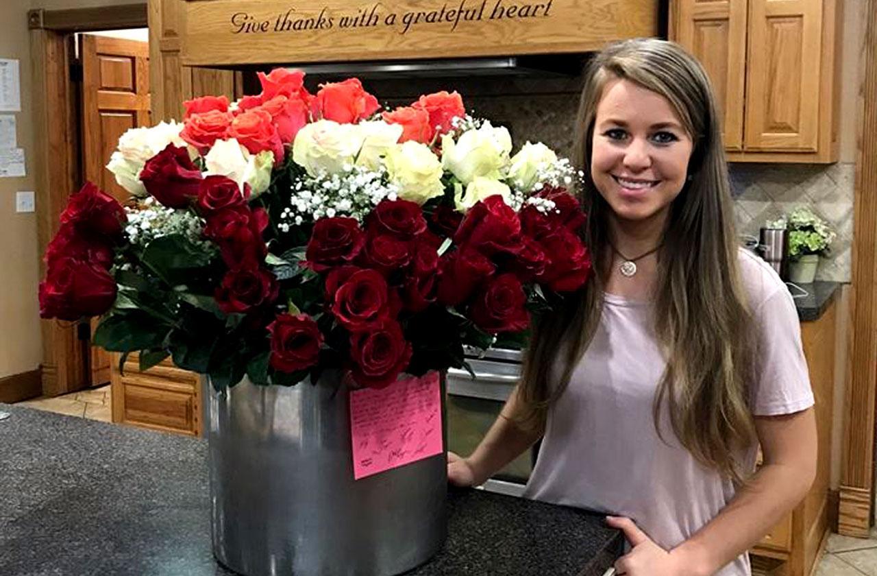 //jana duggar gets flowers pp