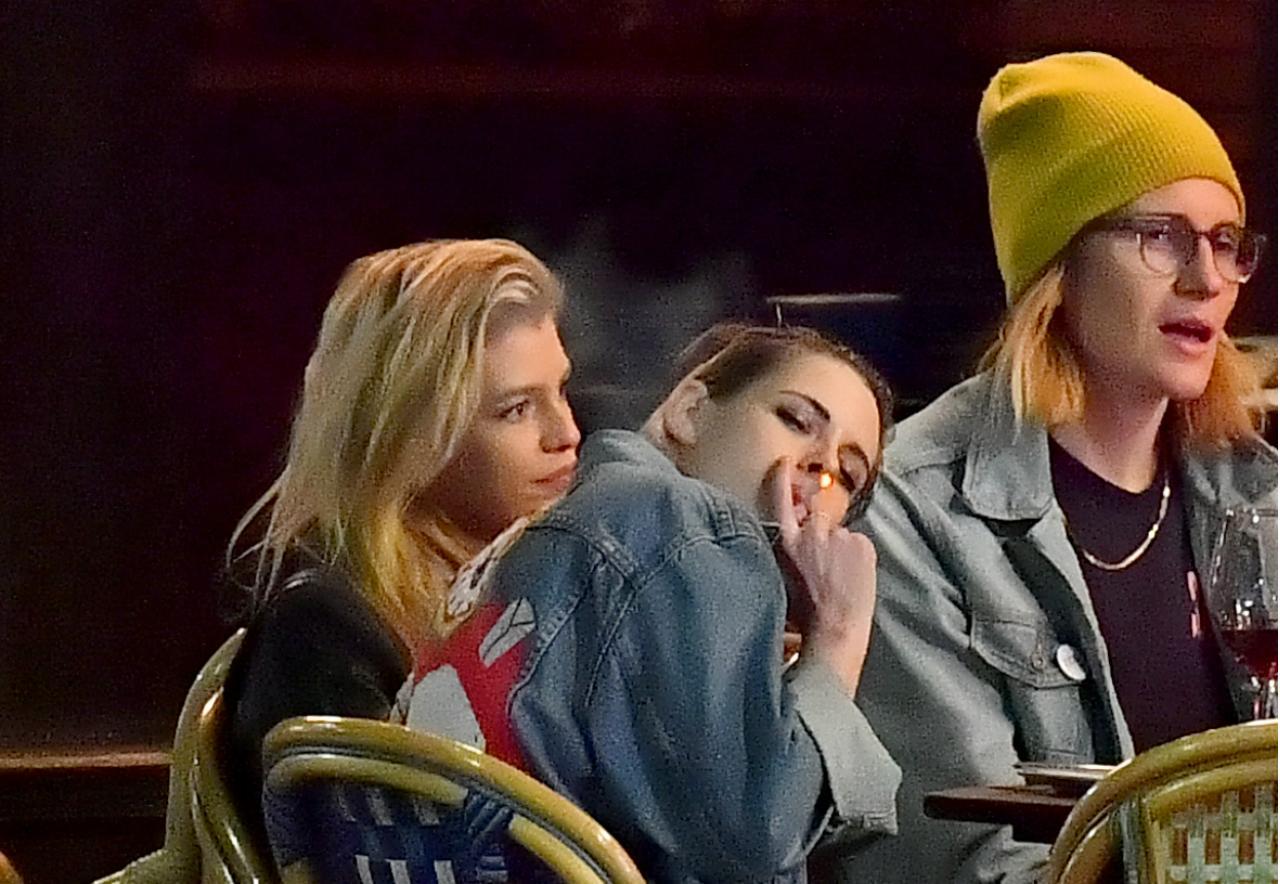 Female Celebs Who Smoke Weed- Kristen Stewart