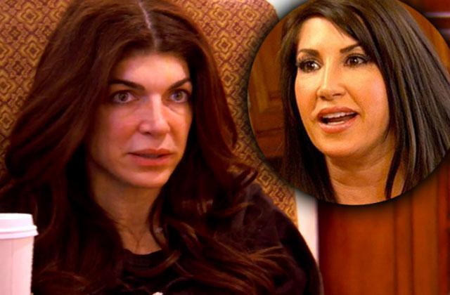 //jacqueline laurita teresa giudice feud dinner party rhonj recap season  episode  pp
