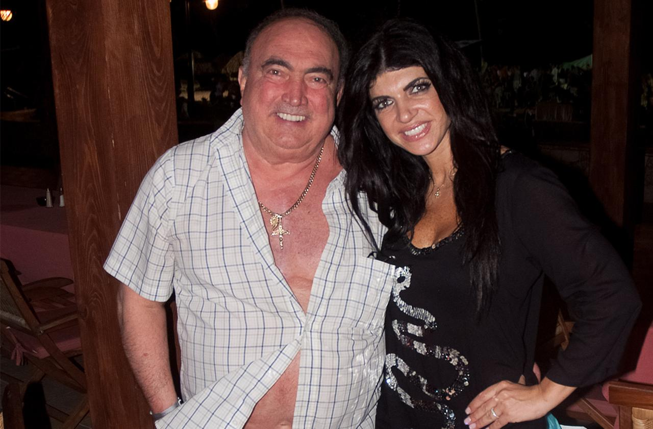 Teresa Giudice Father Rushed Back Hospital Pneumonia