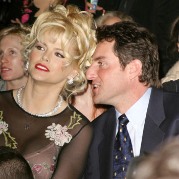 //anna nicole smith lawsuit overturn