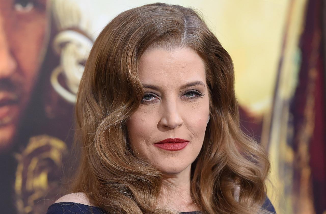 Lisa Marie Presley's Former Business Manager Now Suing Her For Money Owed