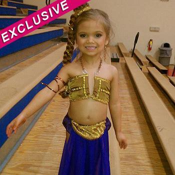 //paisley dickey princess leia costume