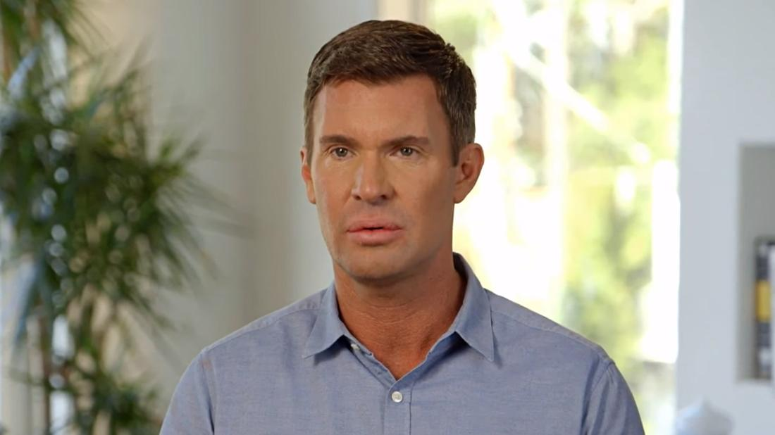 'Flipping Out' Star Jeff Lewis Admits He's Been A 'Functioning Alcoholic' For 2 Years