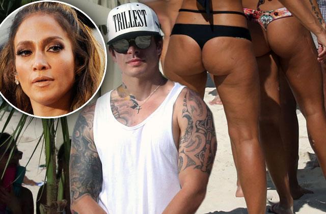 Jennifer Lopez Boyfriend Casper Smart Beach Butt Music Video