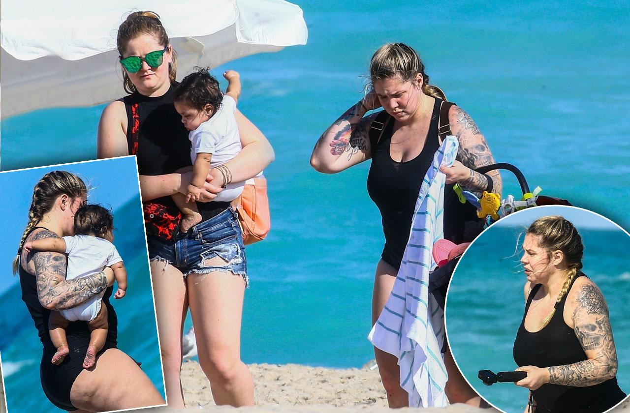 Kailyn Lowry Beach Baby Lux
