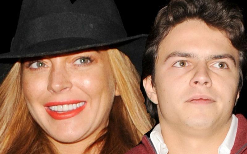 Lindsay Lohan Dating 22-Year-Old Estate Agent