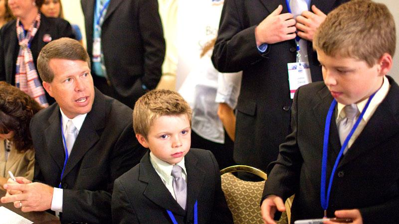 //duggars violate child labor laws pp