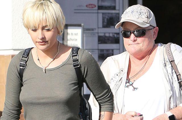 Paris Jackson Boyfriend Married Debbie Rowe Dead
