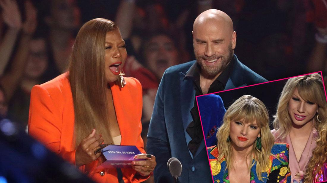 John Travolta's MTV VMAs Blooper – Hands Taylor Swift Drag Queen Award & Won't Open Envelope