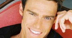 //robert aaron stephens date rape actor