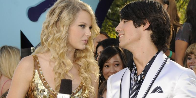 Taylor Swift with Joe Jonas