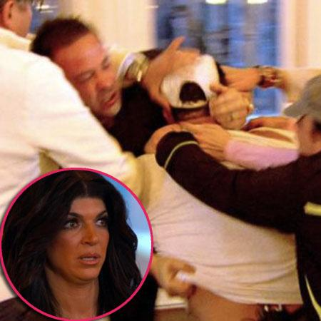 //xxreal house wives of nj joe gorga and joe giudice get in a physical fight on a family retreat png pagespeed ic k_cxbonsh